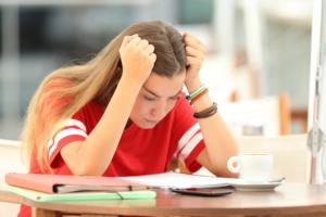 איך להתגבר על פחד מבחינות