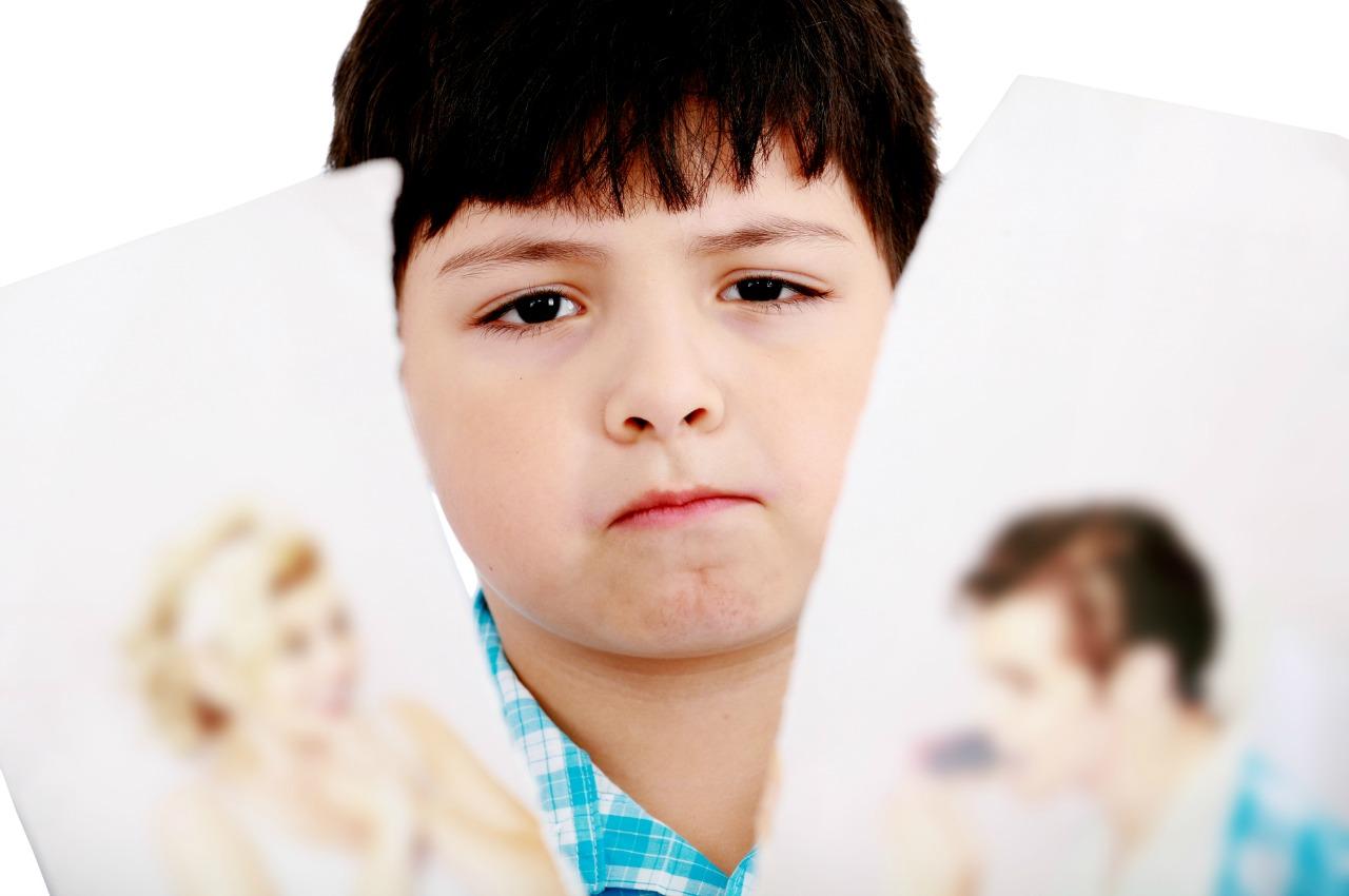 בעיה חברתית בעקבות גירושי ההורים